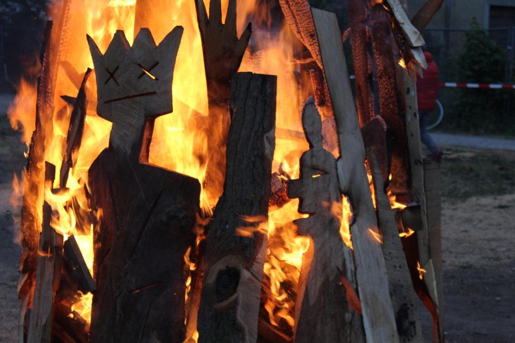 Flammen-Skulptur