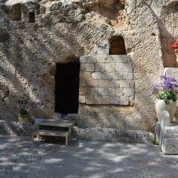 Grabeshöhle